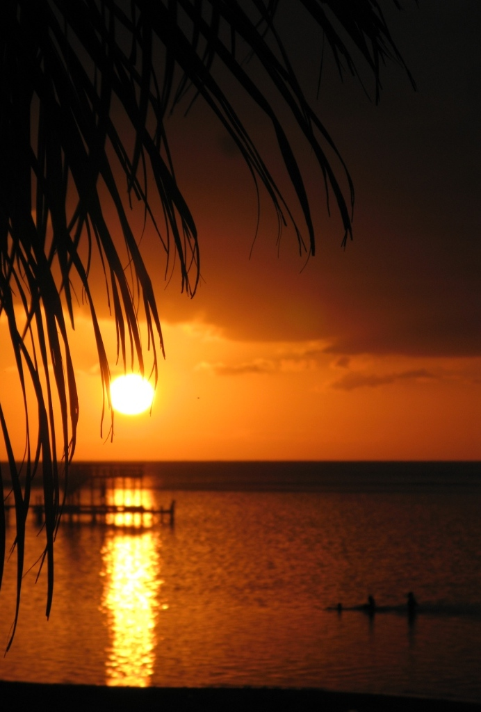 beautiful La Selva Sunset on Roatan
